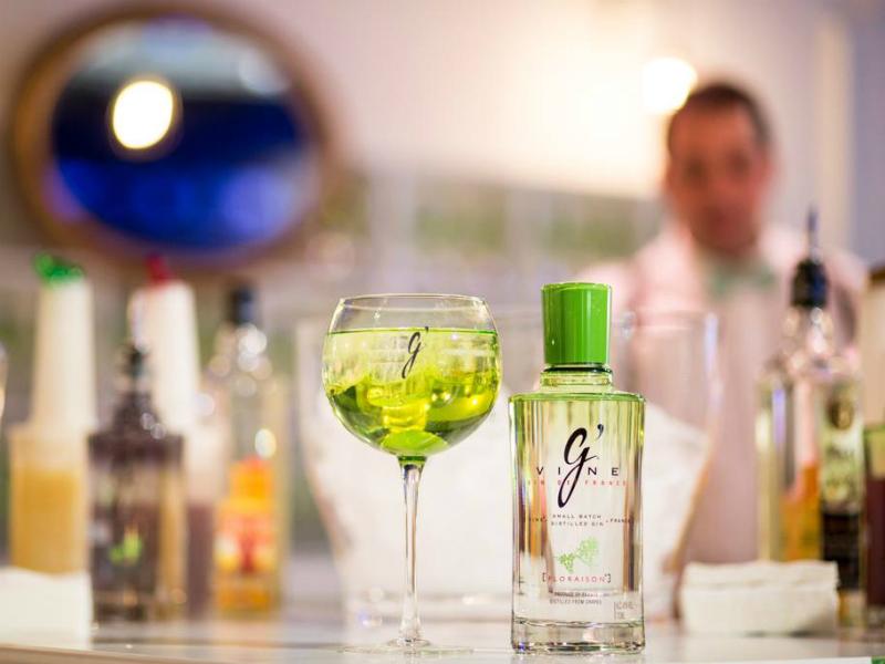 Gin G'Vine